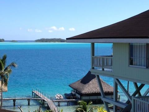 Villa FETIA ITI with view of the lagoon of Bora Bora