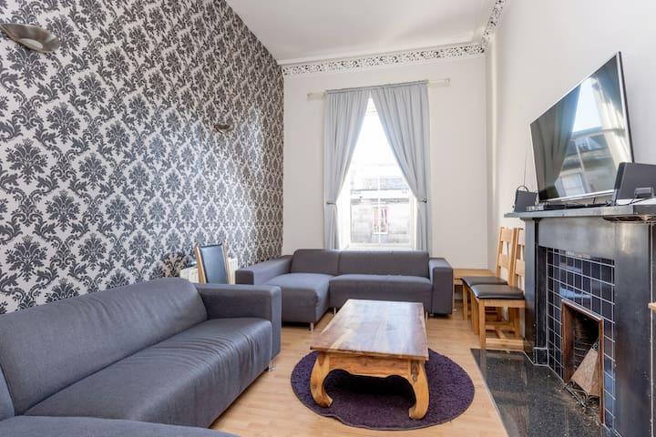 George IV Apartment