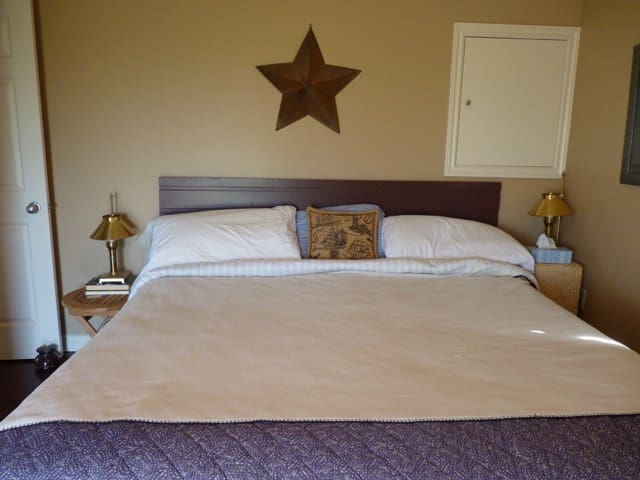 Master Bed Room- King
