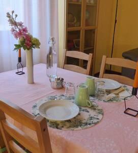 Stanza Privata in Villetta (CIR: 096048-CNI-00003)