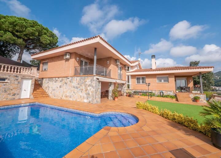 OS HomeHolidaysRentals Pons - Costa Barcelona