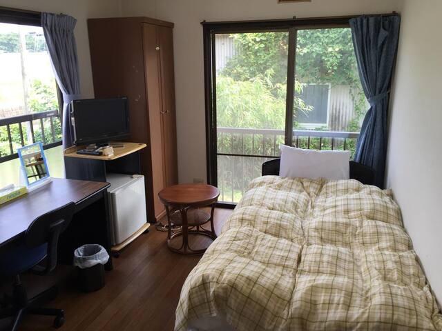 Daigo House Standard Single Room