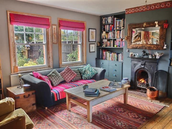 Two double bedroom Edwardian cottage