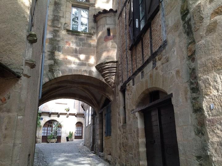 Appartement au cœur du Figeac historique