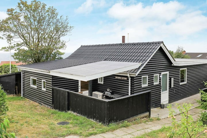 Luxurious Holiday Home in Esbjerg with Sea nearby
