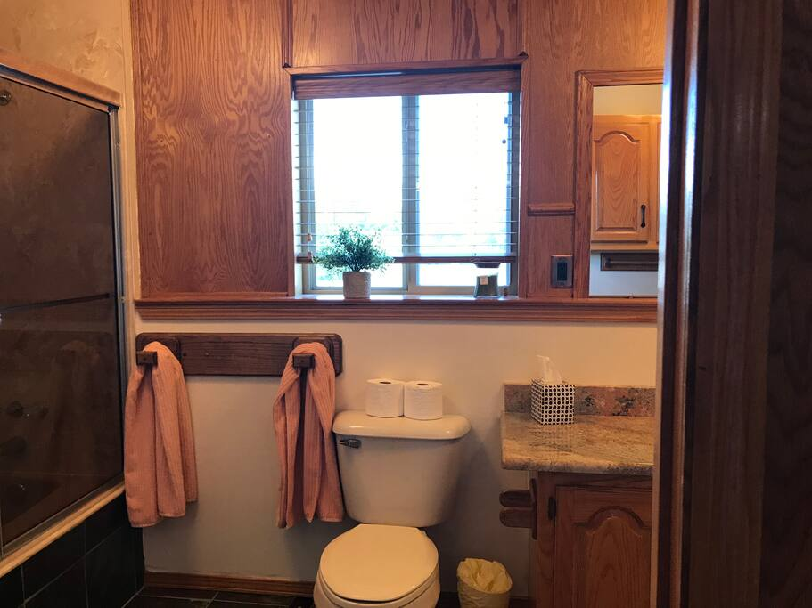 Bathroom to Suite B