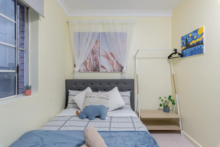 Quiet Private Room in Kingsford near UNSW, Light railway&bus g3