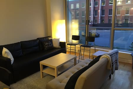 Shared 1-Bdrm in the Beautiful Byward Market!