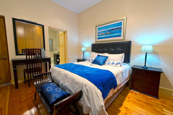 Aquamarine Guest House - Standard Double Room 5