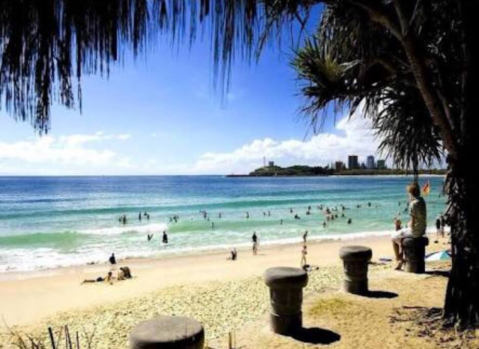 Mooloolaba surf beach is one of the safest beaches in qld
