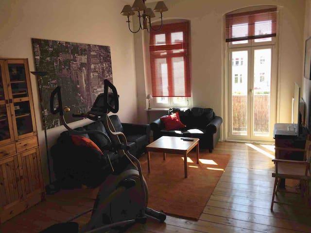 Dein Zuhause in Prenzlauer Berg/Feeling like home in the heart of Berlin