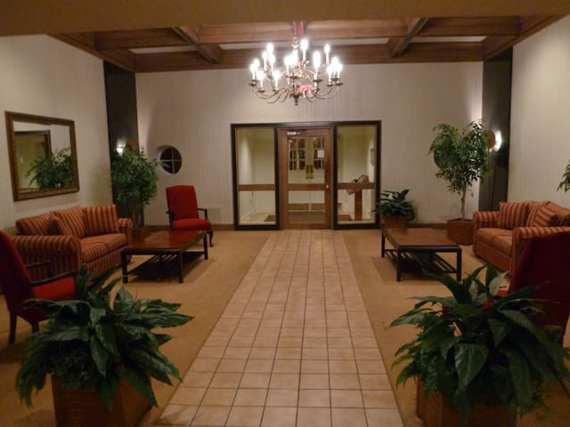 Private Room Cleveland - Shaker Hts - Shaker Heights - Leilighet