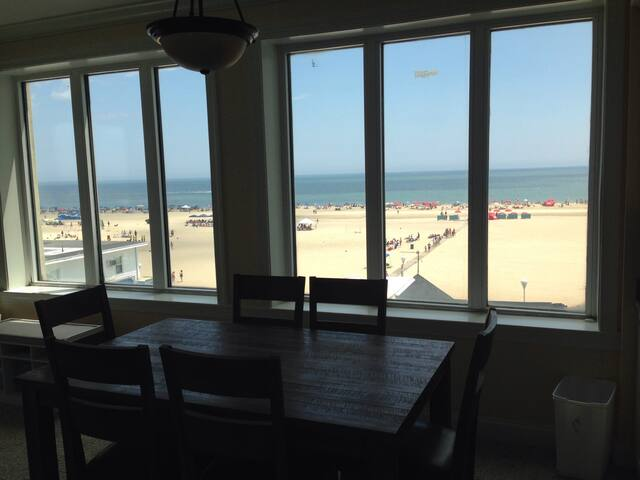 Downtown Condo - Ocean, Boardwalk & Bay Views 3DBR - Ocean City - Appartement