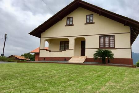 Residência Rural em Rio dos Cedros