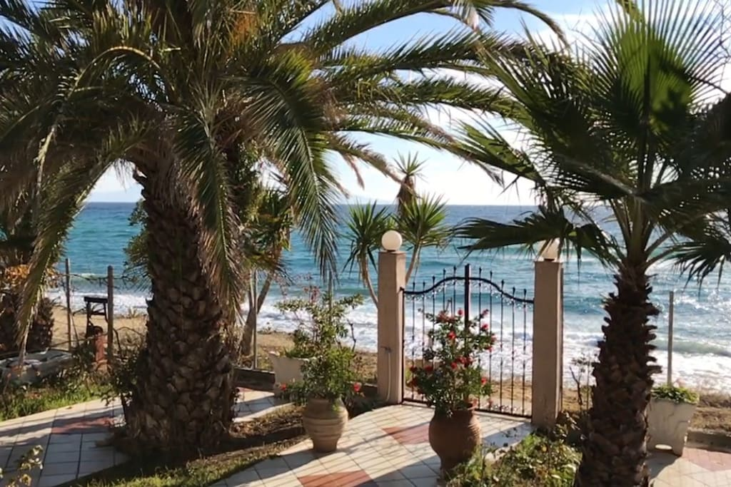 The sea is just in front of the house!!! Enjoy your stay here in Villa Sea View Kavala !!!