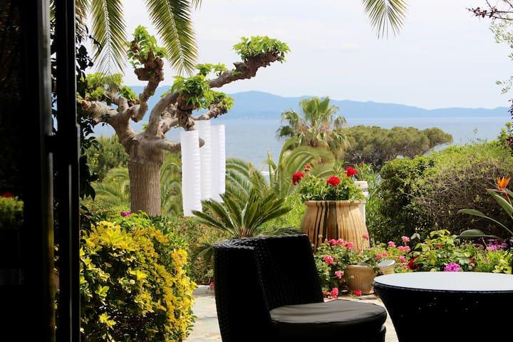 Villa de charme avec vue mer (150m plage Scudo) - Ajaccio - Hus
