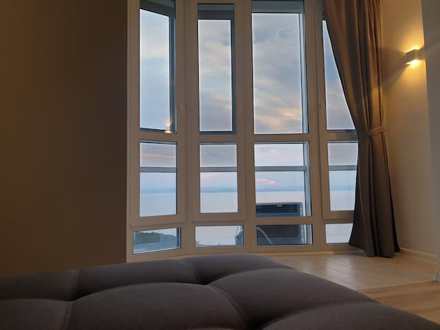 Apartment with panoramic sea views