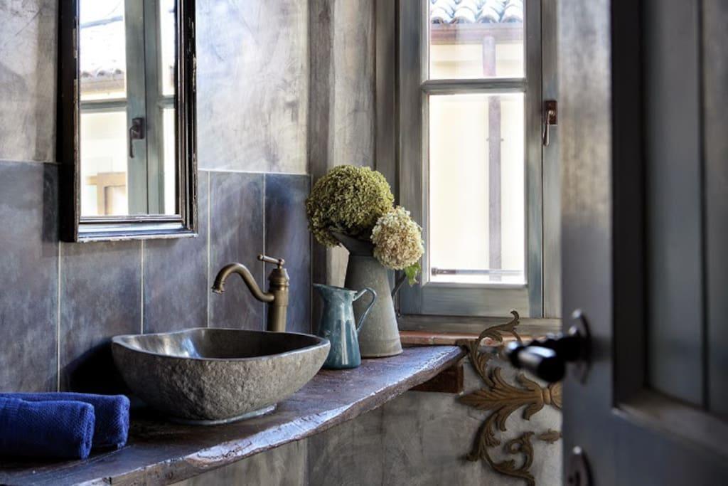 Stanza del Ferro - bagno