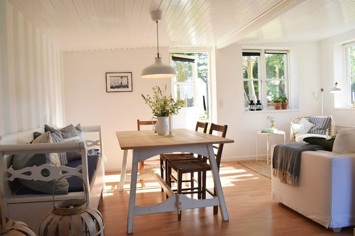 Seaside style apartment