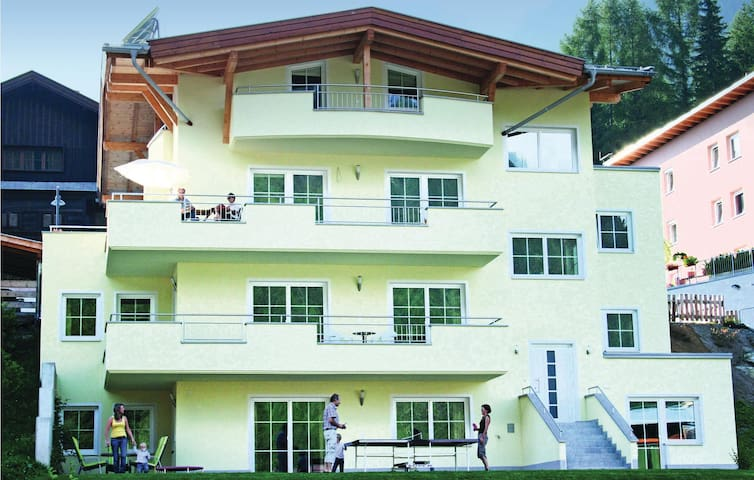 Holiday apartment with 2 bedrooms on 74m² in St. Anton