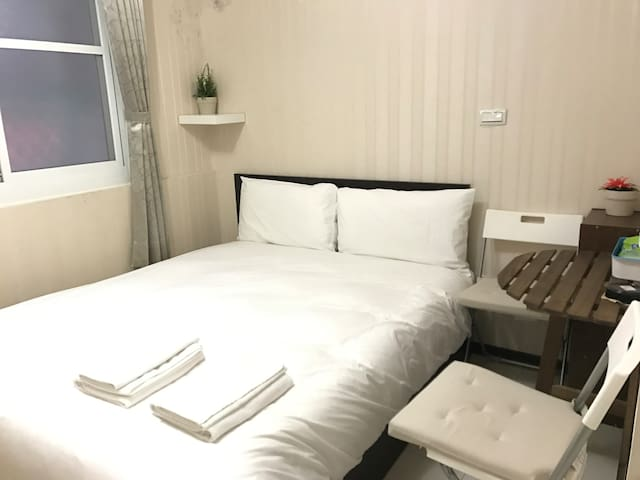 [G.T] SuiteB near Kaohsiung MRT B - Qianjin District - Apartament