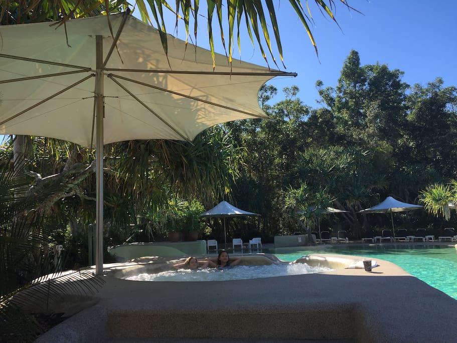 Just a walk to Kingfisher Bay Resort amenities