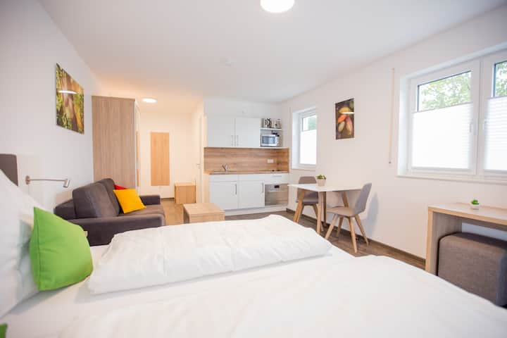 Modernes Doppelzimmer *Schoko Apartments*