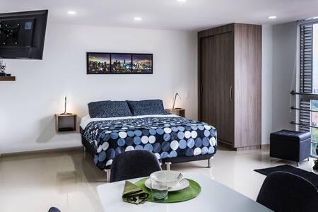 Poblado Luxurious Loft With Stunning Views
