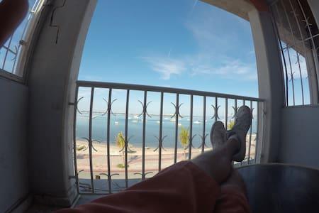 Ocean Front Apartment Malecon 4 - La Paz