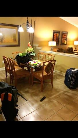 Resort 10 Miles from Disney! - Kissimmee - Appartement en résidence