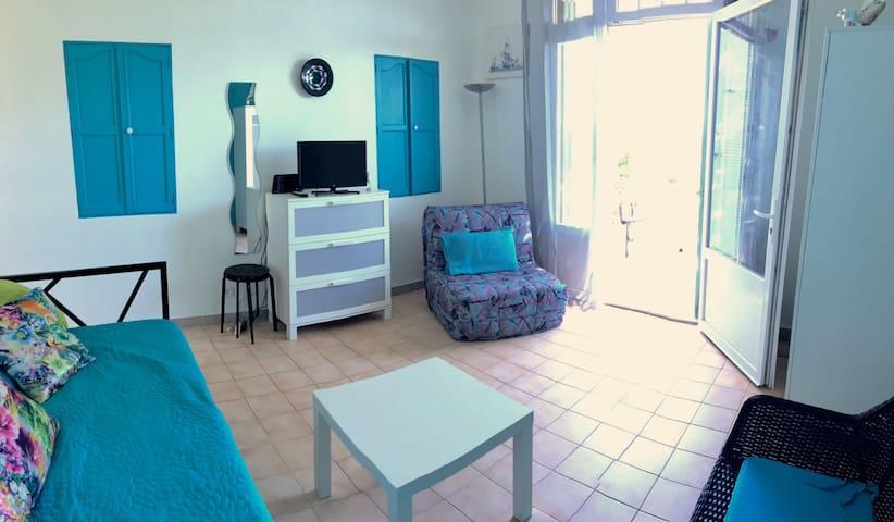 Appartement T1 dans une villa