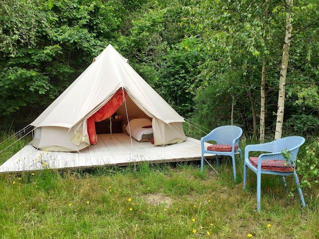 Basic en toch luxe kamperen op prachtige locatie