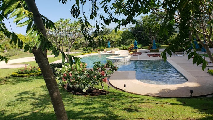 Stunning Ocean Views luxury 4bd in Reserva Conchal