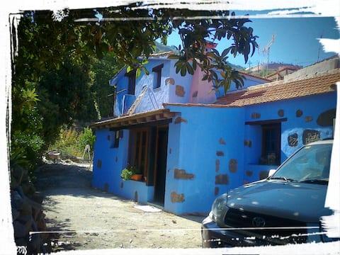 Casa a los pies del Barranco de la Mina