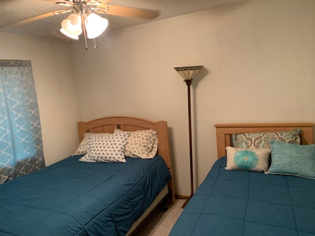 Bedroom 2 - full and twin