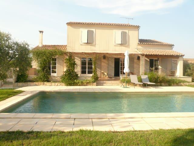 Maison de charme - Fontvieille - Casa