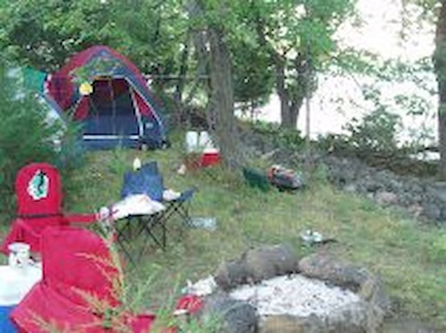 Private Lakeside  TENT SITES: Rice Lake