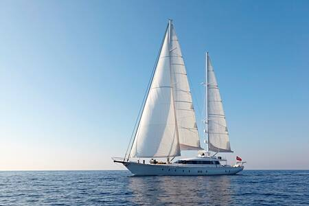 SAILING YACHT GLORIOUS for CHARTER IN MONTENEGRO - Tivat
