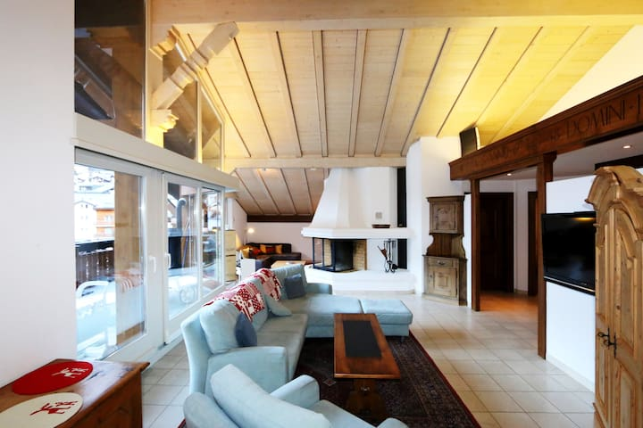 Chic Penthouse Apartment in Saas-Fee - Saas-Fee - Andelsboende