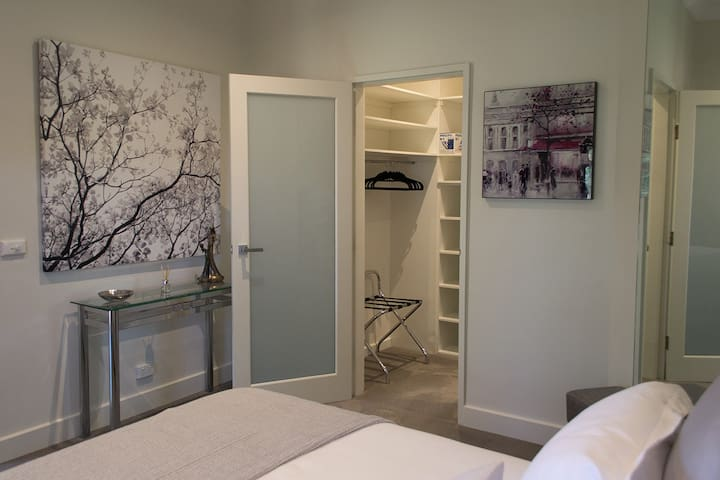 Main bedroom with walk in robe