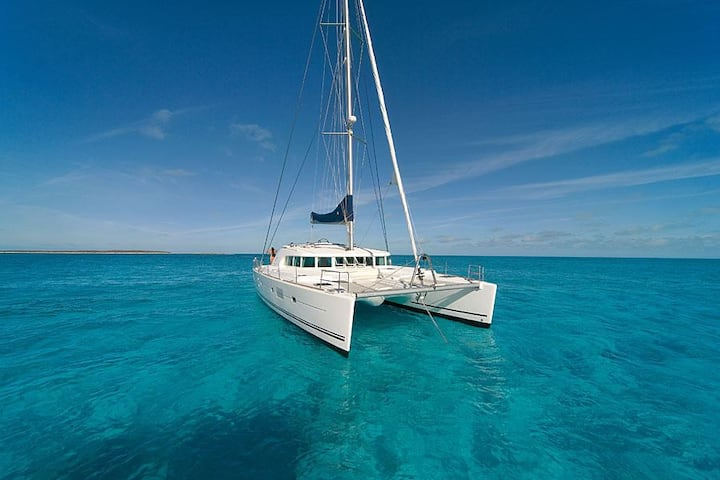 Sail Belize on Sand Star, a 50ft Lagoon Catamaran