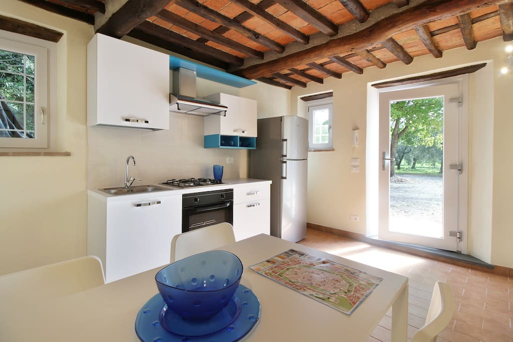 Lovely cottage in the park of a renaissance villa for Piani casa cottage shotgun