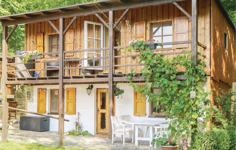 Holiday cottage with 3 bedrooms on 108 m² in Rehau