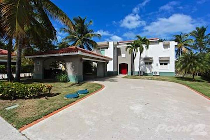 Red Door Palmas Del Mar - Humacao - Haus