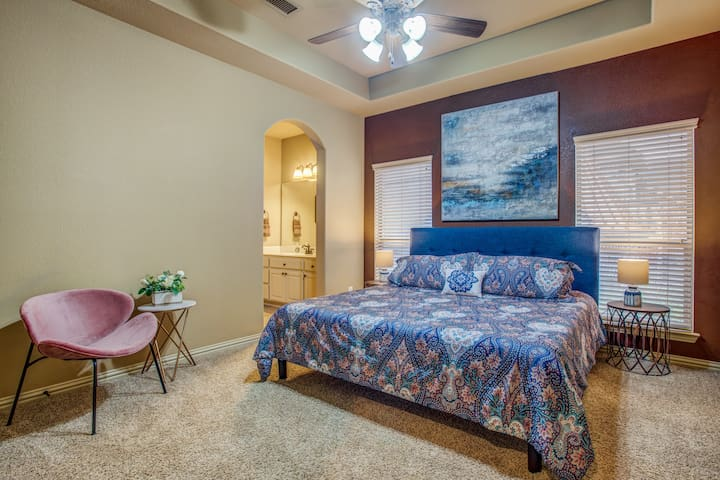 """5th bedroom with King bed (second floor of home) also accesses """"Jack & Jill"""" bathroom"""
