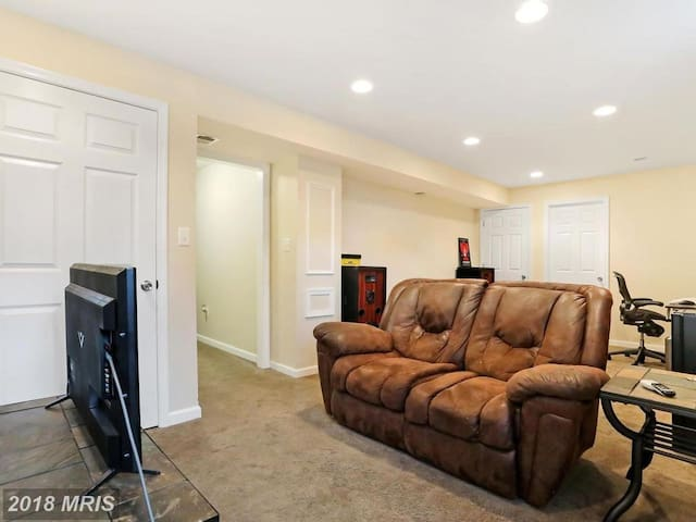 Private Basement with Full Private Bathroom