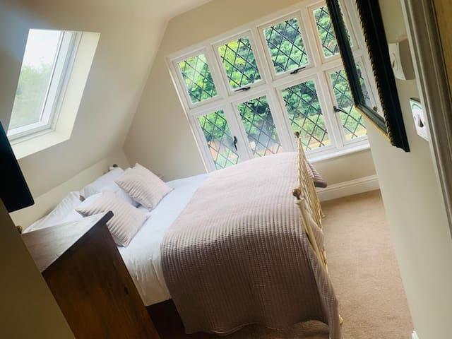 Luxurious En-Suite Room in Chorleywood