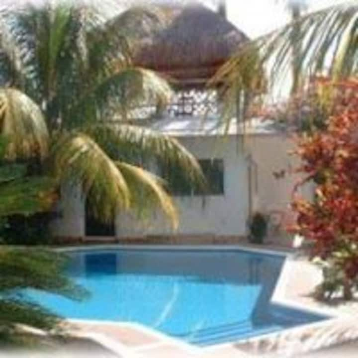 Cozy and Mellow on Cozumel - Garden Room Baldwin's