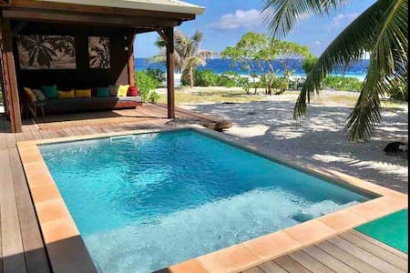 SunriseBeachVilla***** Luxury Beach House & Pool