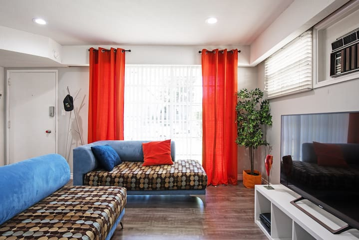 *Sanitized* 1BR/1BA house LAX/Local Beaches OPEN